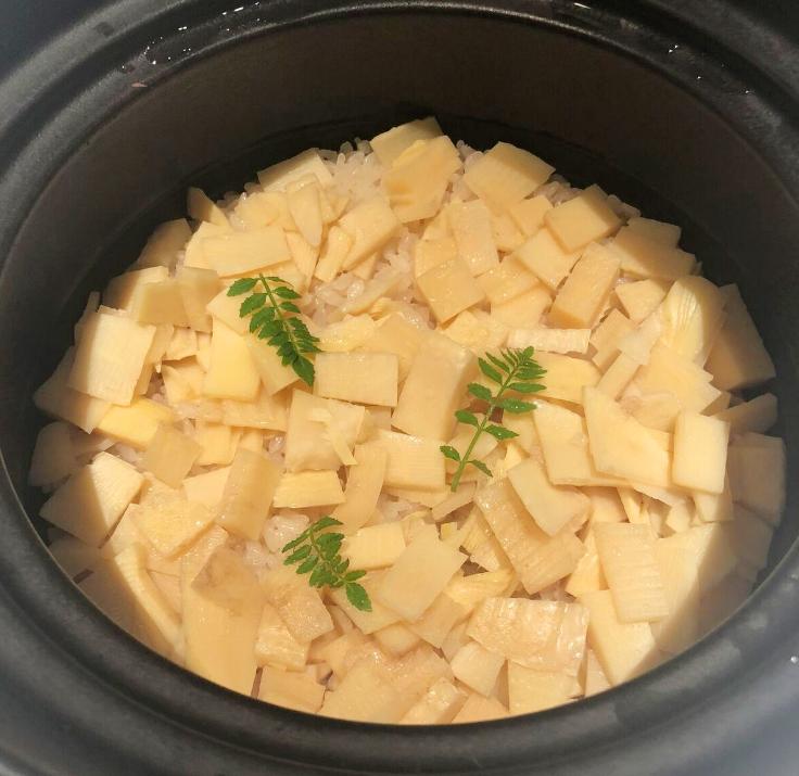 土鍋仕立て 筍ごはん